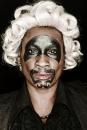 Portrettenserie bezoekers Black Tea Party van Erwin Olaf