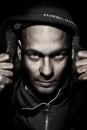 Portret Ron Amir