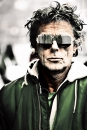Jan van Breda met zonnebril van Todd Lynn