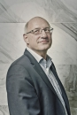 Portret Theo van Tilburg