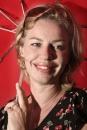Portret schrijfster Annejet van der Zijl