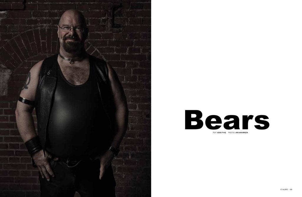 2011_EA02_008_Bears